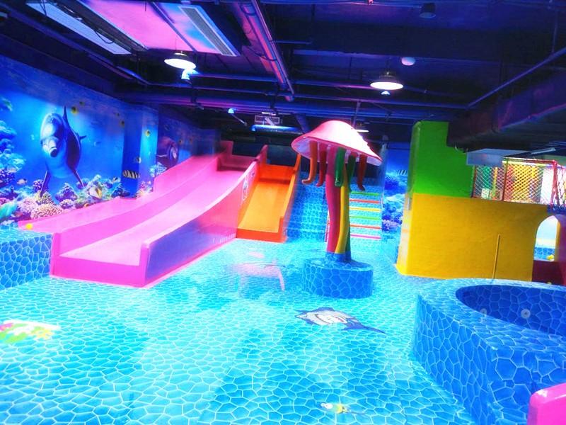 重庆万州海豚湾儿童水上乐园